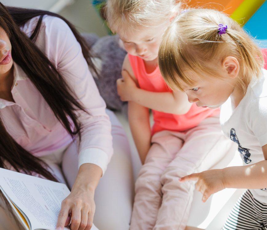 oa1-reading-book-children